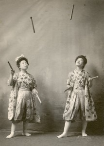 Japanese women jugglers 1908
