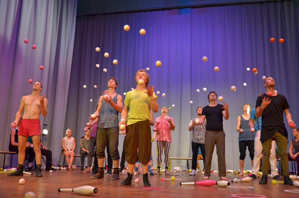 COG 70 Balls credit Hans Vera