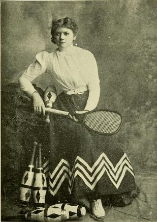 Jessie Millar of The Tennis Trio
