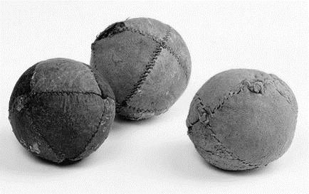 Strange The History Of Juggling Balls And Beanbags Ija Dailytribune Chair Design For Home Dailytribuneorg